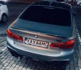 В Україні власник BMW М5 висміяв номером Mercedes-AMG